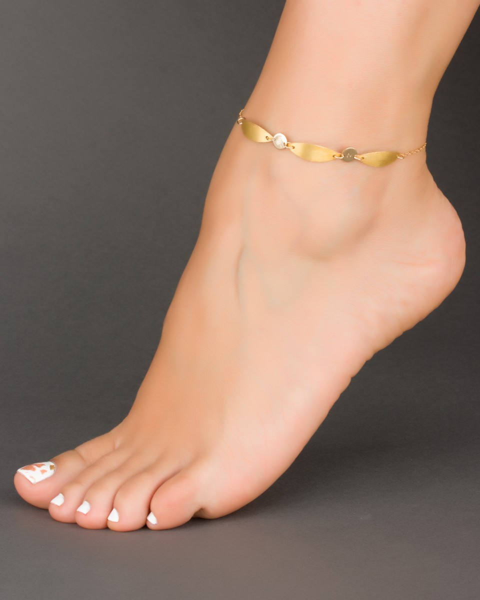 leg mynamenecklace with silver name bracelet ankle product in jumbo au