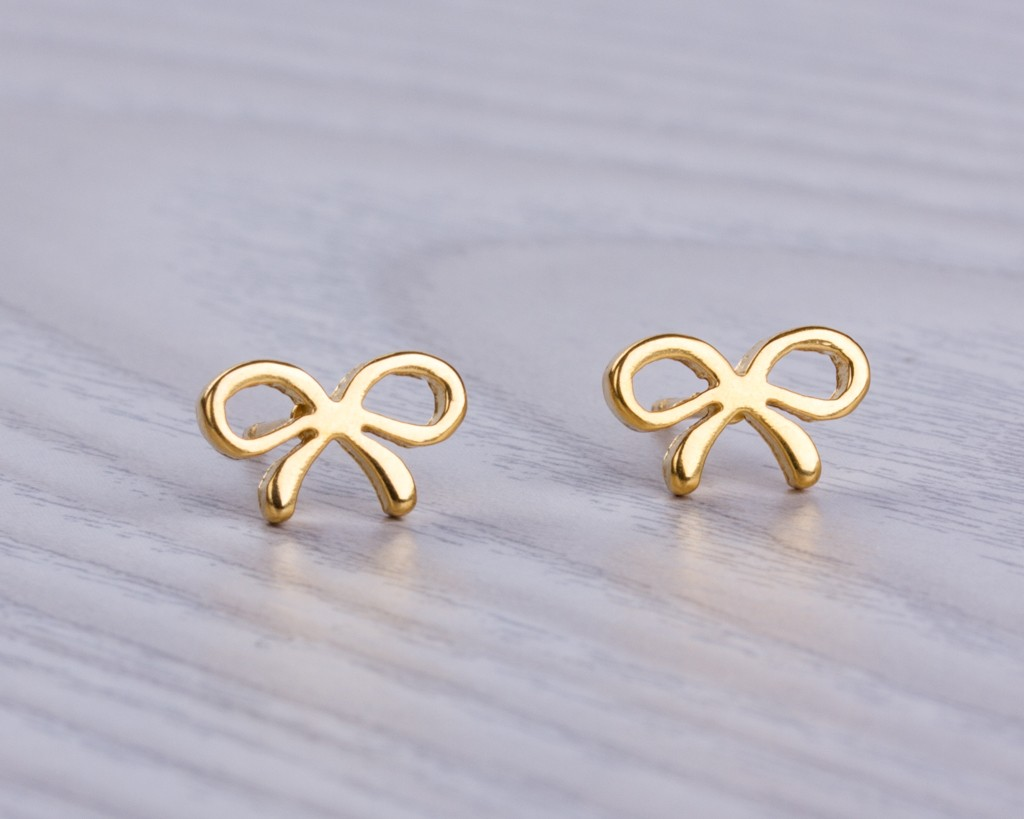 gold handmade earrings everyday gold earrings tiny bow