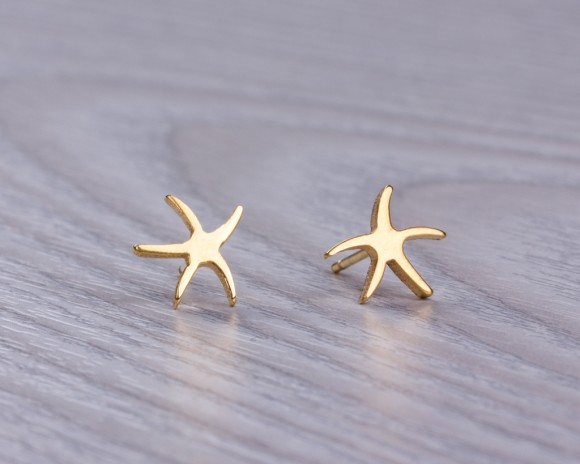 "Starfish earrings, gold stud earrings, gold starfish earrings, tiny stud earrings, post earrings, nautical wedding, bridesmaid, ""Psalacantha"""