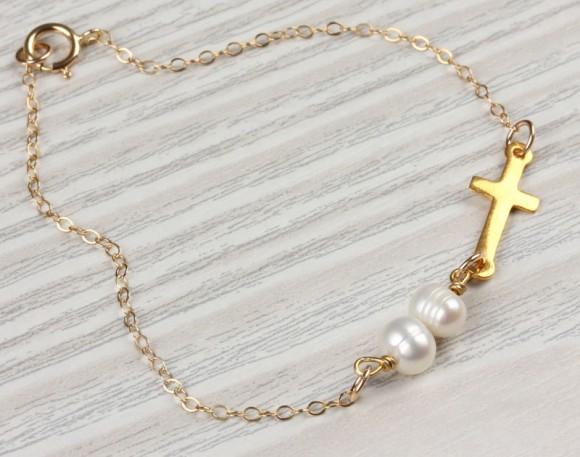 """Sideways cross bracelet, pearl bracelet, wedding, gold cross bracelet, white pearl bracelet,bridesmaid bracelet, gold filled cross,""""Kastalia"""