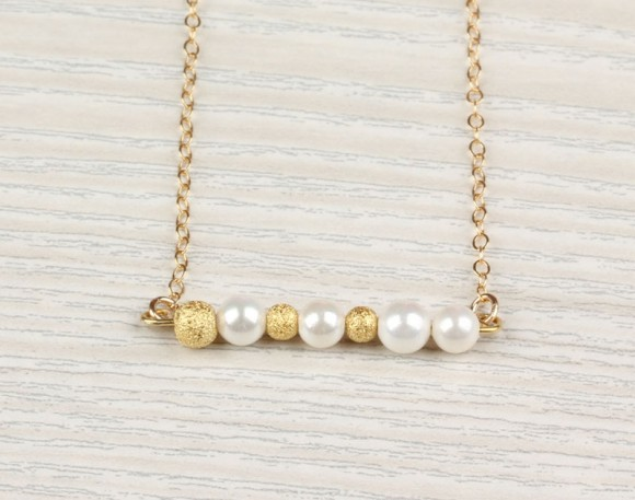 "Pearl Necklace, Freshwater Pearl / Gold Necklace, 14k Gold Filled / Bridal Necklace, Bridesmaid Necklace | ""Calliste"""