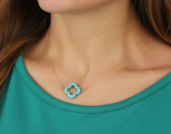 "Clover Necklace, Turquoise Clover Necklace / Four Leaf Clover, Gold Clover Necklace / Turquoise Jewelry, Lucky Pendant | ""Pandaisia"""