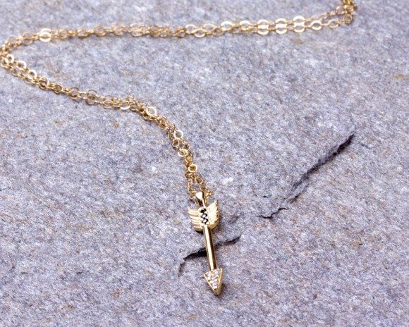 Arrow Necklace / Tiny Arrow Pendant