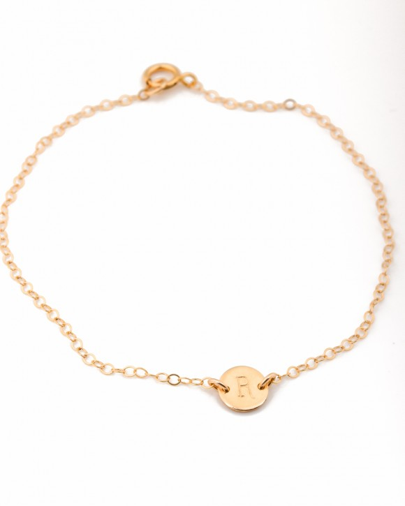 Initial Bracelet •  Personalized Bracelet in gold filled
